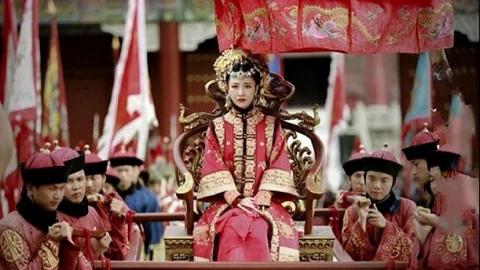 中国历史上,唯一穿龙袍下葬的女人竟是她!