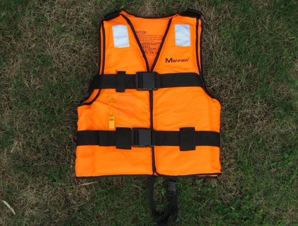 飞机上的救生设备之一