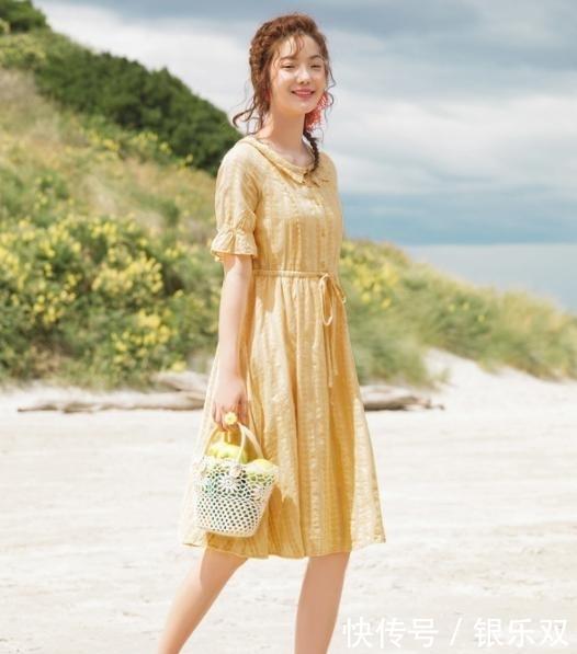 微胖的女性也是可以穿裙的哦!快来看看这适合微胖女生的连衣裙吧