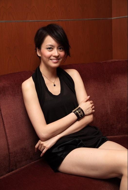 2014年7月,梁咏琪被曝怀孕。