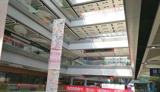 深圳华南城商场冷冷清清店家:这一次不怪电商是租金惹的祸